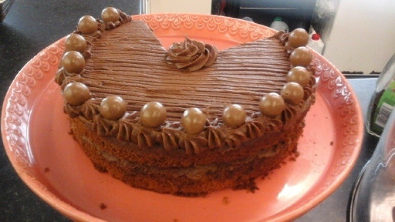 Happy hour! cake & a cuppa